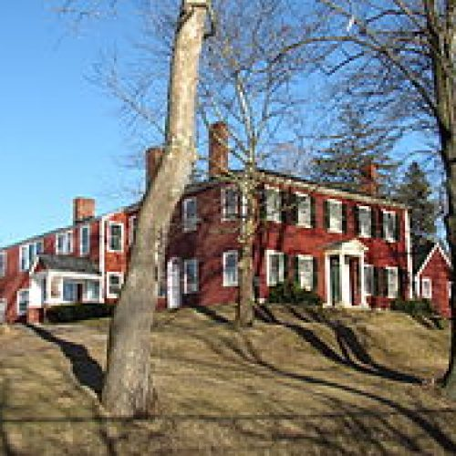 The Buttonwoods Museum