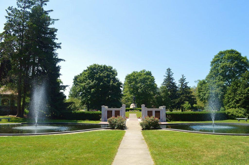 Atkinson Common fountains - Newburyport
