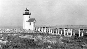 Straitsmouth Island Light. Photo via Wikimedia Commons.