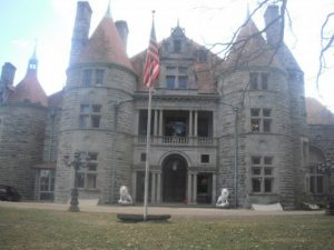 Searles Castle Methuen History