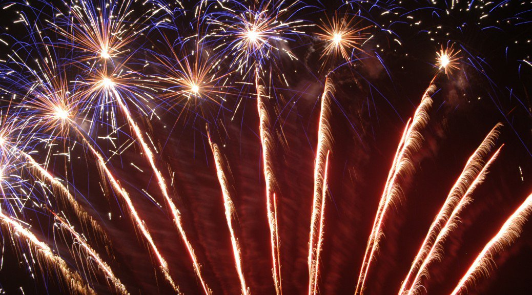 059-BELVOIR-CASTLE-FIREWORKS-WP-1038x576