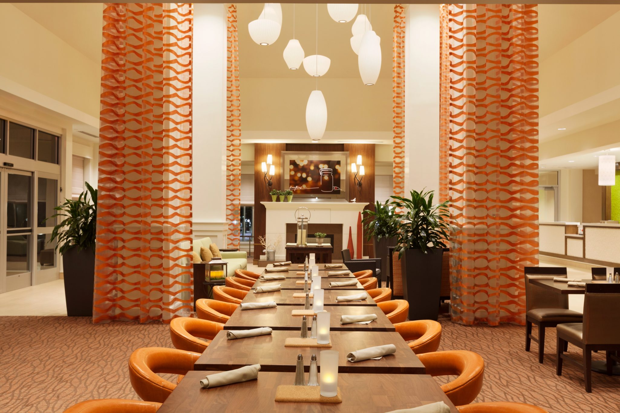 Hilton Garden Inn Boston Logan Airport - Garden Grille - 1062323 ...